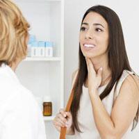 Причины возникновения мокроты в горле и эффективные методы лечения